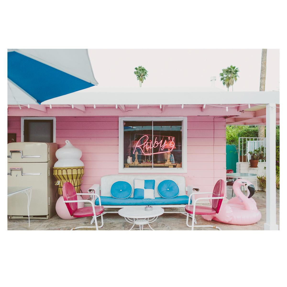 Pink Motel heaven